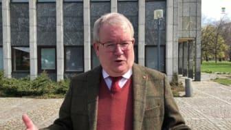 Kommunfullmäktiges ordförande Anders Teljebäck inför kommunfullmäktige 5 maj