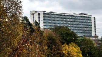 Danderyds sjukhus har ett utmanande ekonomiskt läge som kräver kraftfulla åtgärder för att få en ekonomi i balans.