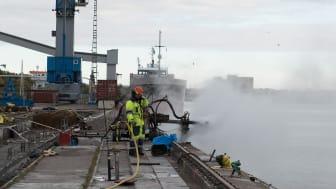 50-talskajen i Västerås hamn har renoverats för att klara ytterligare 50 år. Foto: Carl Winberg.