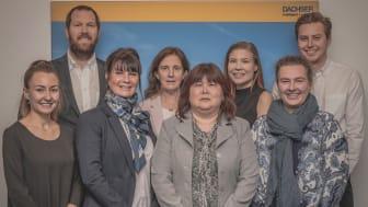 Anna Bergdahl (tredje från vänster) och hennes kollegor från ASL Sweden
