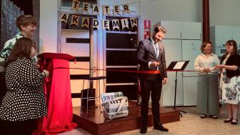 Nystartad akademi en trampolin till teatervärlden