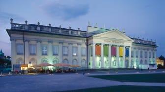Kassel: Museum Fridericianum (1769-1779), Ausstellungsgebäude der documenta, abends ©DZT e.V. F: Torsten Krüger