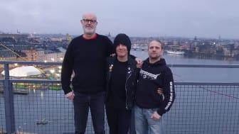 Inge tillsammans med Calle Schewen och Johan Haller från Sound Pollution. Foto: Max Axelsson