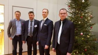 Henkilöt vasemmalta: Ari-Pekka Salovaara, Mikko Akselin, Harri Kanerva ja Jarmo Annala.