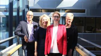 Kuvassa Ari Himma (Virvo), Maritta Marjomaa-Mäkinen (Virvo), Ulla Nikkanen (Visma) ja Anne Haggrén (Virvo).