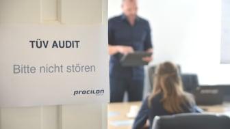 Bild: procilon Technologie für eIDAS-Fernsignatur erfolgreich vom TÜV-IT auditiert