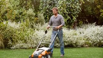STIHL præsenterer RLA 240 – 2 i 1-maskinen til mosfri og frodige græsplæner