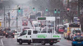 CO2-Tag 2018: Fahrzeug im Straßenverkehr