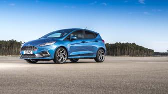 Az új Fiesta ST igazán elemében van a Guarcinoból Campocatinoba vezető élvezetes szerpentinen
