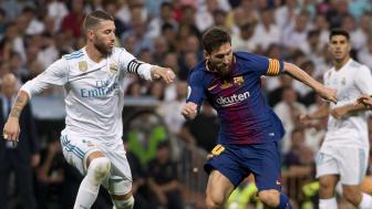 Sergio Ramos og Lionel Messi er igjen klare for en ny sesong med La Liga. Her fra onsdagens spanske supercupfinale. Foto: Scanpix.