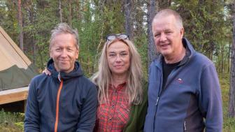 Joakim Hermansson, tillträdande tillförordnad generalsekreterare, Annika Fredriksson, styrelseordförande och Per Jiborn avgående generalsekreterare. Foto: Pär Innala