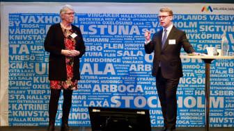 Monica Johansson (S), regionstyrelsens ordförande i Region Sörmland och vice ordförande En Bättre Sits och Kristoffer Tamsons (M), trafikregionråd Stockholm och ordförande En Bättre Sits.