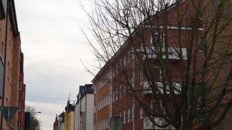 På fem år har elnätsavgiften höjts med 38,8 procent i Vaggeryd och i dag betalar hyresgästerna betala 103,9 öre per kilowattimme inklusive moms.