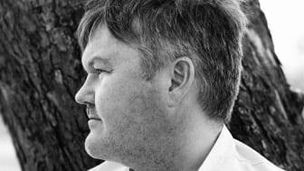 Mathias Dahlgren dukar om i Matsalen
