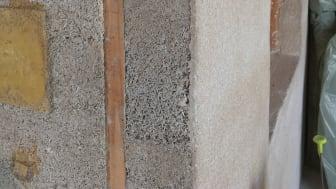 Hampakalk har många egenskaper som eftersträvas vid byggnation - det är naturligt, brandbeständigt, isolerande och med goda fukt- och temperaturutjämnande egenskaper. Foto: House of Hemp