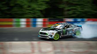 900 hestes Ford Mustang drifter Nürburgring tynd som første bil nogensinde