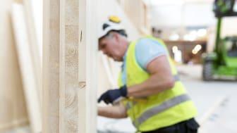 Martinsons väggar i KL-trä har certifierats för inbrottsklass 2 och 3.