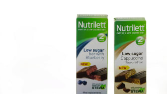 Gruppbild Low sugar bars Blueberry och Cappuccino