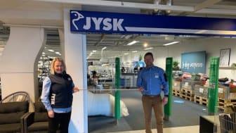 Butikksjef Asgjerd Knutsen og Distriktssjef Thomas Nilsson