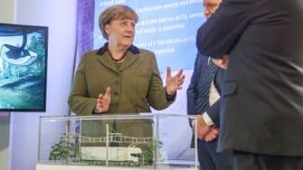 När Angela Merkel besökte Sverige i januari var medieintresset stort. Men mer daglig rapportering om Tyskland önskar vår panel.