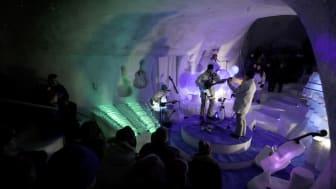IcingQueen, första ABBA-konserten spelad av isorkester