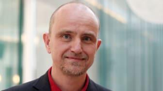Robert MacKenzie, professor i arbetsvetenskap på Handelshögskolan vid Karlstads universitet.