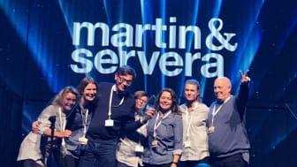 Martin & Serveras medarbetare tar emot priset som Årets leverantör vid Nordic Choice Hotels konferens