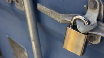 AddMobiles Bluetooth-hänglås har samma funktionalitet som ett traditionellt hänglås – men utan nyckelhantering. Foto: AddMobile AB