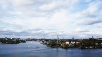 Bättre villkor för bostadsrättsföreningar med tomträtt efterfrågas i det gemensamma tomträttsprogram som nu lanseras av Bostadsrätterna, Fastighetsägarna Stockholm, HSB Stockholm och Riksbyggen.