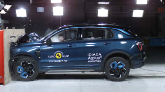 Lynk & Co 01 undergoes Euro NCAP's Full Width Barrier impact test