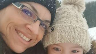 Gudelia Stenzel mit Tochter Lily (7): Sie fühlt sich von der Politik allein gelassen / Fotocredits: Aktion Mensch