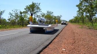 Solbilen testkörs i Darwin