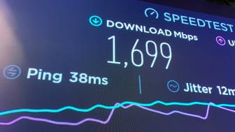 När Telenor Sverige gjorde 5G-test i 3,5GHz-bandet på sitt kontor i Solna nåddes en nedladdningshastighet på 1.7Gbps