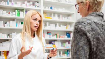 PGEU anbefaler å bruke flere farmasøyter for å øke bevisstheten om vaksinering og for å administrere vaksinasjon for å bekjempe antibiotikaresistens.