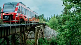 Y41 passerar här bron vid Storstupet i Orsa kommun