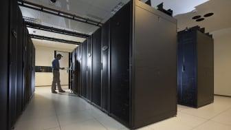 StruxureWare for Data Centers sikrer maksimal effektivitet i hele datacentrets levetid - fra design over byggeri til drift, planlægning og løbende optimering og vedligeholdelse