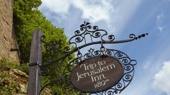 Oldest pub in UK / Shutterstock