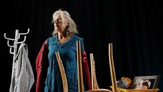 Marie Delleskog i Var är min man? som har premiär på Dagens Lunchteater 22 september och som kvällsföreställning den 8 oktober. Foto Ola Kjelby.e