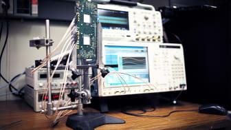 Millimeter-wave radar imaging experimental set-up.(Credit: Carl De Torres, StoryTK for IBM Research)