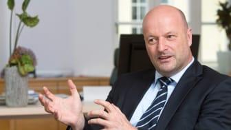 """""""EZB muss endlich auf Negativzinsen verzichten, um die Auswirkungen von Corona abzumildern"""", fordert der Vorstandsvorsitzende der Stadtsparkasse München, Ralf Fleischer, in der Corona Krise bei Vorstellung der Geschäftszahlen des Jahres 2019."""