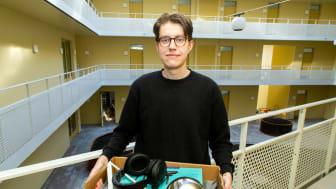 Isac, 20 år, flyttade från Gävle till Stockholm för att plugga till civilingenjör på KTH. Fotograf Peter Lydén