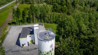 Linde energis ackumulatortank i Guldsmedshyttan. Foto: Linde energi.