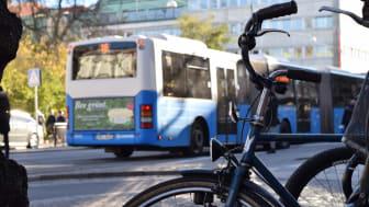 Resandet med kollektivtrafik minskade kraftigt under 2020. Däremot ökade antalet cykelresor.