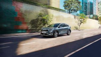 kia_pressrelease_2019_PRESS_1920x1080_PHEV-front