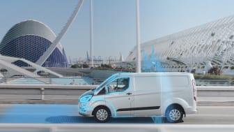 A geofencing technológia automatikusan emissziómentes elektromos üzemmódba kapcsolja a Ford haszongépjárművek hajtását
