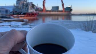 Hälften av Sveriges kaffeimport går via Gävle hamn
