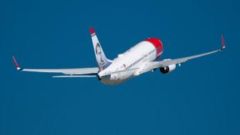 Norwegian aloittaa kesällä suorat lennot Helsingistä Santorinille