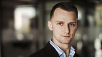 Kamil Kudłacz stärker upp BoKloks solcellssatsning i ett halvår.