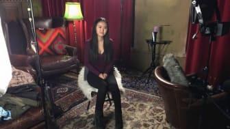 Weina under inspelningen av Reumatikerförbundets kampanjfilm. I filmen berättar hon om sin sjukdom SLE/Lupus. Weina hoppas att filmen får bra spridning och kan bidra till mer resurser till forskningen.