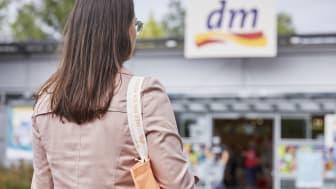 dm-drogerie markt und seine Marken haben beim YouGov BrandIndex 2021 erneut sehr gut abgeschnitten.